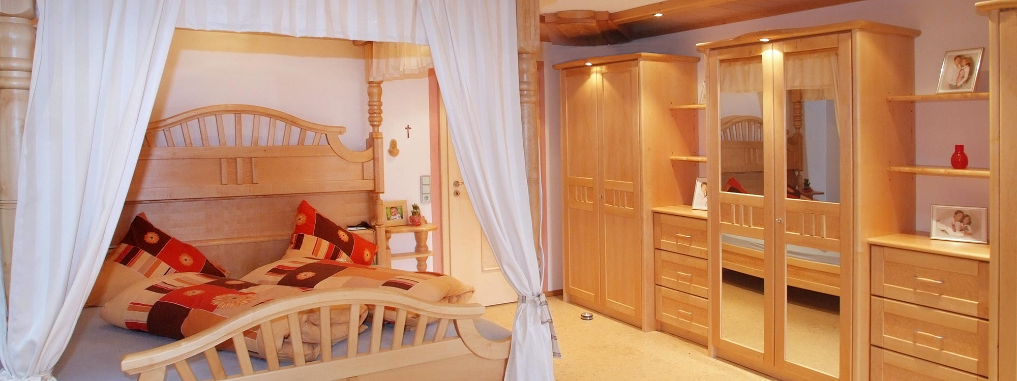 schlafzimmer_001.jpg